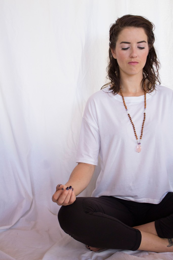 meditation-tips-mala-beads-stonecoldbetch-tiny-devotion_8